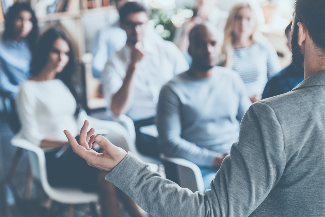Top Tips to Become a Pro at Public Speaking